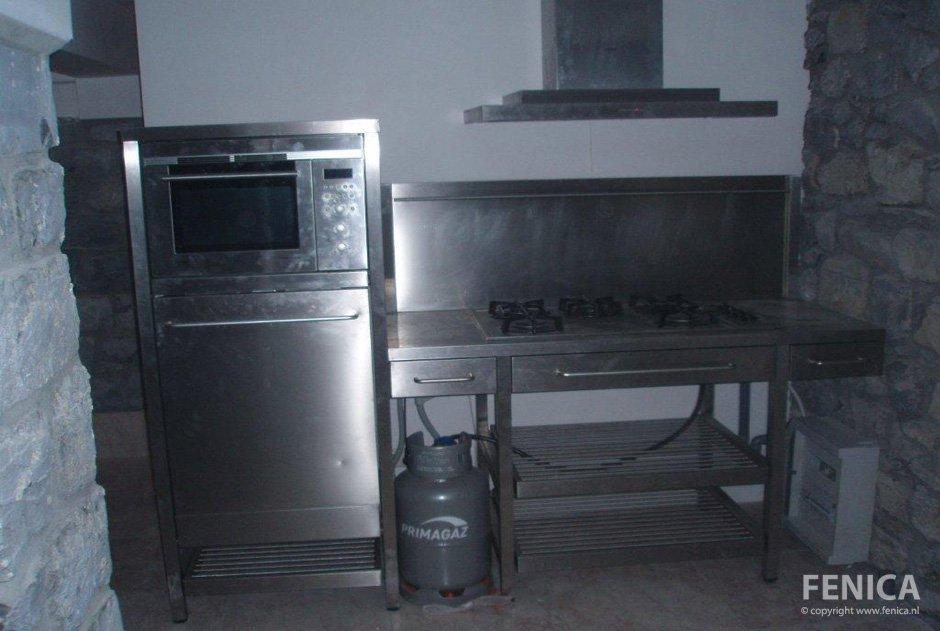 Rvs Keuken Plaat : FENICA ~ Kozijnen en andere klussen / Keuken plaatsen